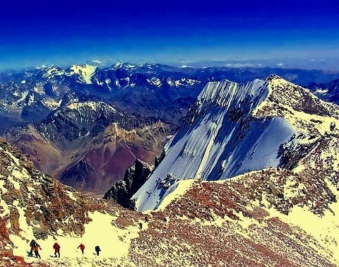 s-Aconcagua-summit-approach.jpg